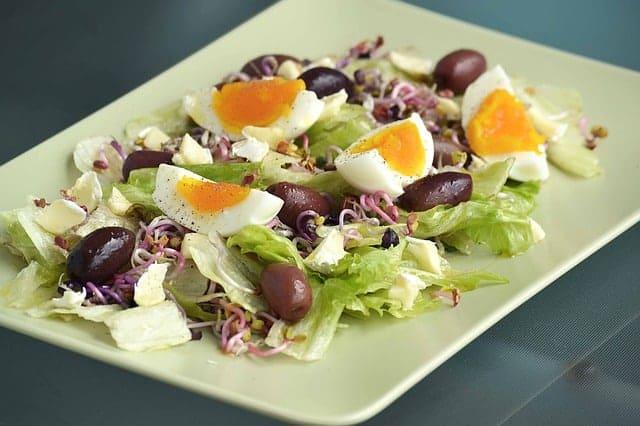 huevos ensalada