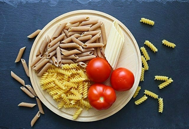tomates, pasta