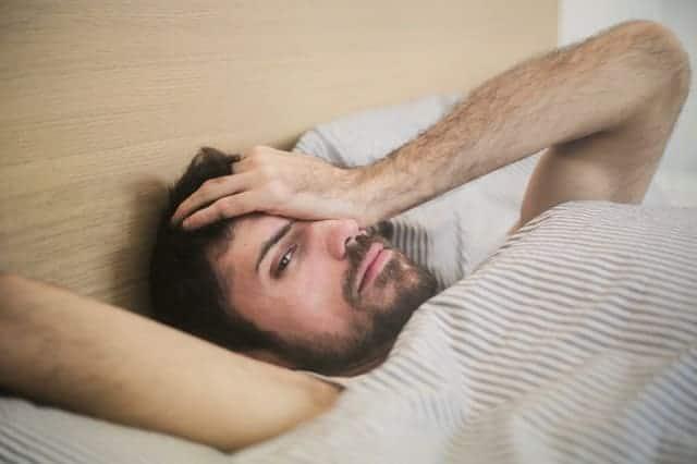 Despertares nocturnos, causas y formas de combatirlos