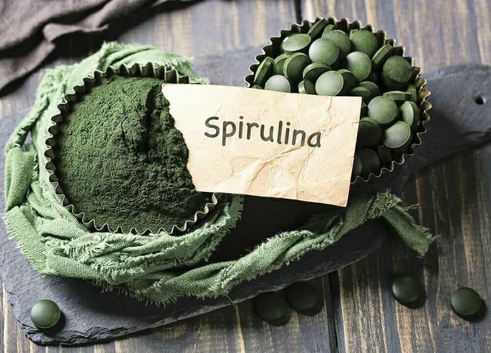 espirulina en tabletas y espirulina en polvo